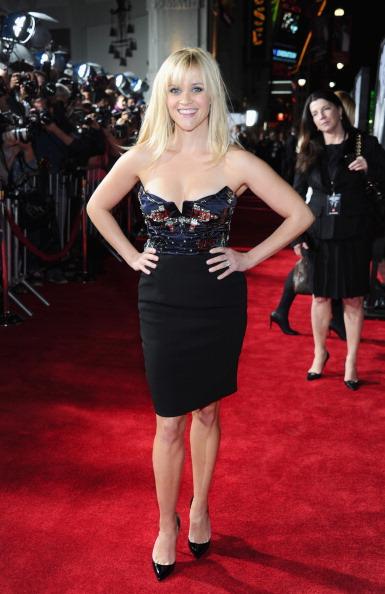 "Bustier Dress「Premiere Of Twentieth Century Fox's ""This Means War"" - Red Carpet」:写真・画像(8)[壁紙.com]"