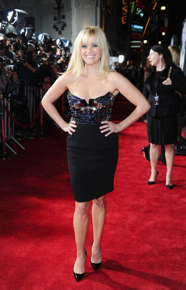 "Bustier Dress「Premiere Of Twentieth Century Fox's ""This Means War"" - Red Carpet」:写真・画像(6)[壁紙.com]"