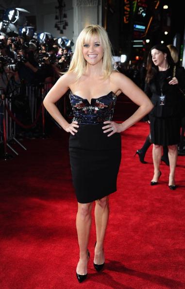"Bustier Dress「Premiere Of Twentieth Century Fox's ""This Means War"" - Red Carpet」:写真・画像(16)[壁紙.com]"