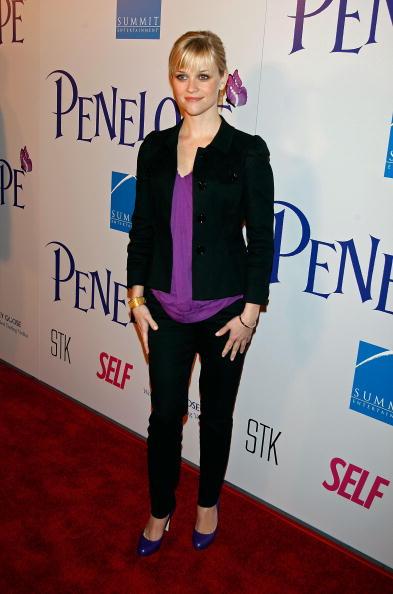 """Purple Shoe「Premiere Of Summit Entertainment's """"Penelope"""" - Arrivals」:写真・画像(13)[壁紙.com]"""
