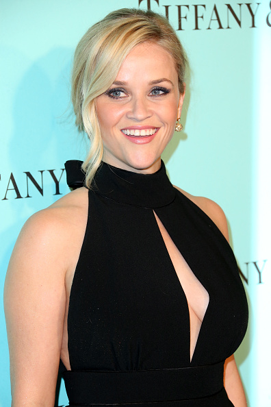 Reese Witherspoon「Tiffany And Co. Celebrates Unveiling Of Renovated Beverly Hills Store」:写真・画像(14)[壁紙.com]