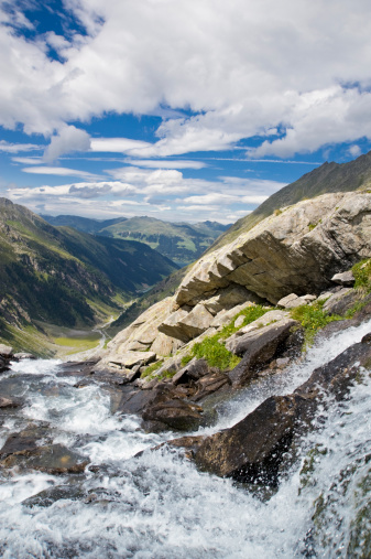 Austria「glacier water」:スマホ壁紙(0)