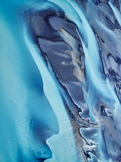 Patterns in Riverbeds seen from above, Iceland:スマホ壁紙(壁紙.com)