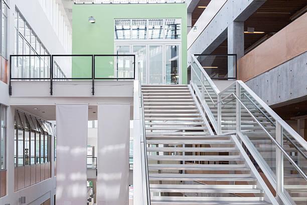 Green Office Building:スマホ壁紙(壁紙.com)