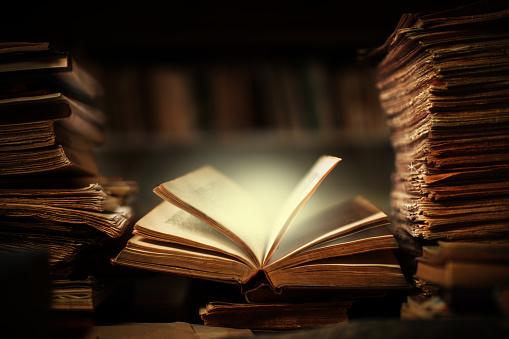 Fairy tale「Magic book open」:スマホ壁紙(0)