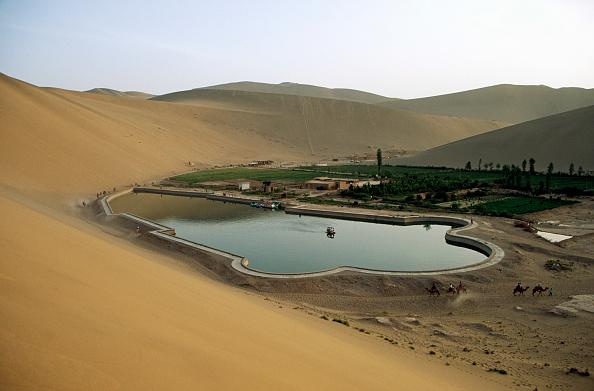 Silk Road「Dunhuang sand dunes, Silk Road, China」:写真・画像(15)[壁紙.com]