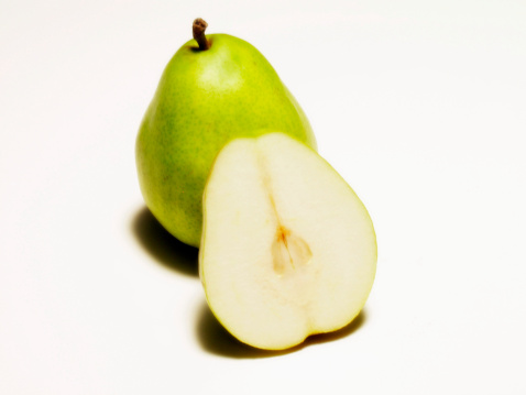 Pear「A sliced pear」:スマホ壁紙(4)