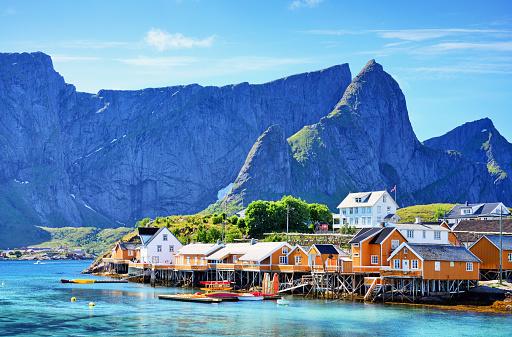Fishing Village「Lofoten islands, Norway」:スマホ壁紙(14)