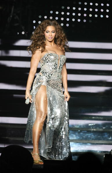 Slit - Clothing「Beyonce Knowles Performs At Birmingham NEC」:写真・画像(12)[壁紙.com]