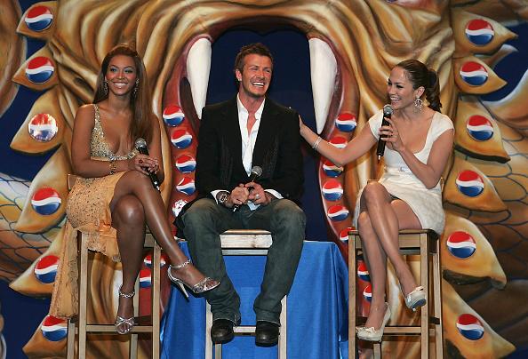 戦国武将「Celebrities at Premiere of new Pepsi advertisment」:写真・画像(16)[壁紙.com]