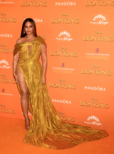 "Yellow Dress「European Premiere of Disney's ""The Lion King""」:写真・画像(10)[壁紙.com]"