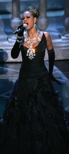 Swarovski「The 77th Annual Academy Awards - Show」:写真・画像(5)[壁紙.com]
