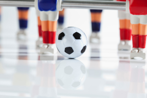 Athlete「Figurines of table football」:スマホ壁紙(17)