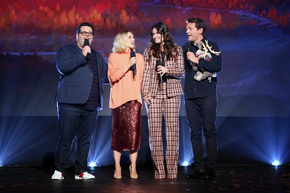 Kristen Bell「Disney Studios Showcase Presentation At D23 Expo, Saturday August 24」:写真・画像(8)[壁紙.com]