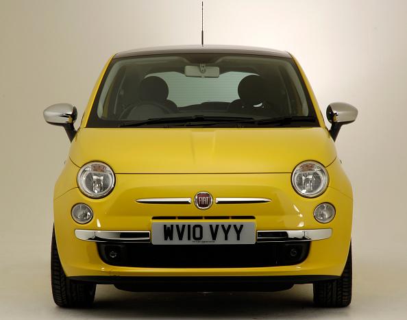 Facade「2010 Fiat 500」:写真・画像(1)[壁紙.com]