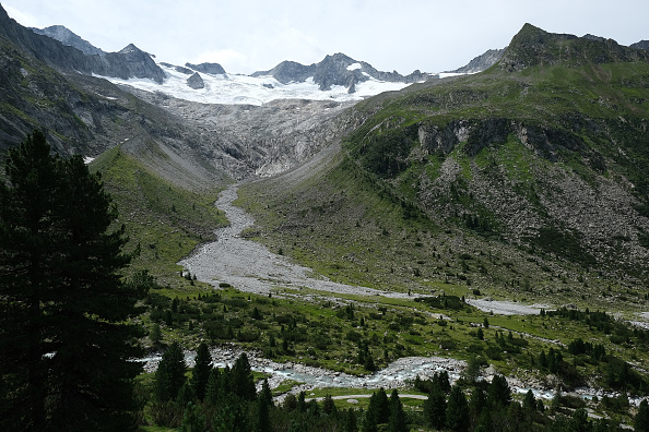 European Alps「Europe's Melting Glaciers: Zillertal Alps」:写真・画像(5)[壁紙.com]