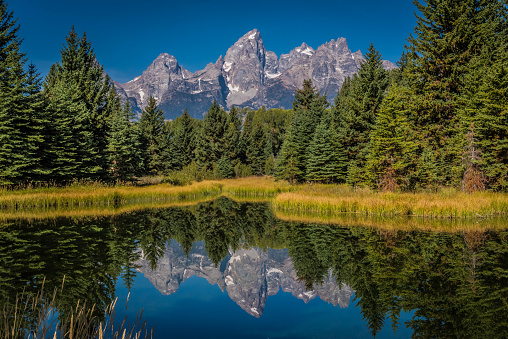 Idaho「Grand Teton scenes in autumn with reflections」:スマホ壁紙(18)