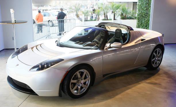 Tesla Motors LA Flagship Store Launch:ニュース(壁紙.com)