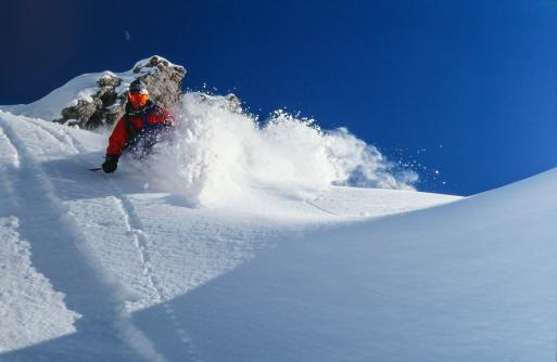 La Grave「Young man skiing powder snow in winter  mountains」:スマホ壁紙(6)