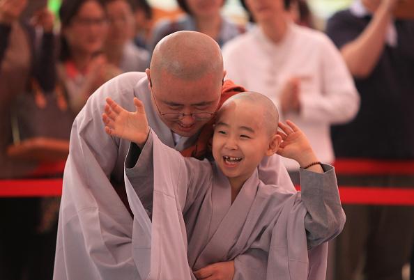 Buddha「Children Become Buddhist Monks In Seoul」:写真・画像(18)[壁紙.com]