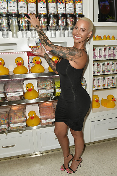 Gustavo Caballero「Amber Rose End Of Summer Party At Sugar Factory American Brasserie On Ocean Drive In Miami」:写真・画像(5)[壁紙.com]
