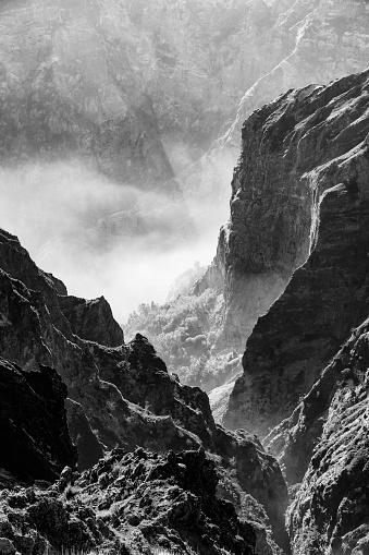 Pico Do Arieiro「panoramic mountain view」:スマホ壁紙(17)
