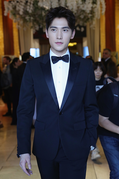 俳優 楊洋「Actor Yang Yang Backstage For Kering At The 70th Cannes Film Festival」:写真・画像(14)[壁紙.com]