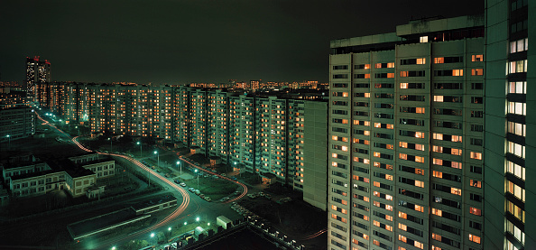 Flat - Physical Description「Suburban colony at night, city of Moscow, Russia」:写真・画像(9)[壁紙.com]