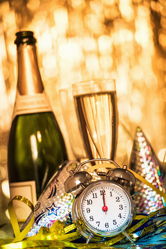 お正月「新年のパーティーの装飾」:スマホ壁紙(19)