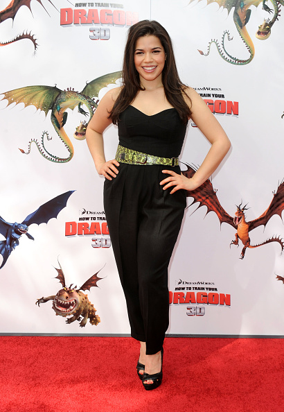 """Yellow「Premiere Of Dreamworks Animation's """"How To Train Your Dragon"""" - Arrivals」:写真・画像(4)[壁紙.com]"""