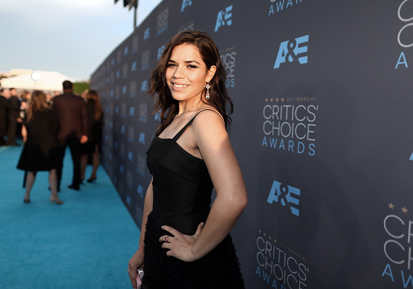 America Ferrera「The 21st Annual Critics' Choice Awards - Red Carpet」:写真・画像(19)[壁紙.com]