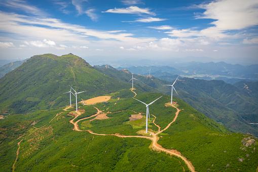 A Helping Hand「Uphill wind power station」:スマホ壁紙(9)
