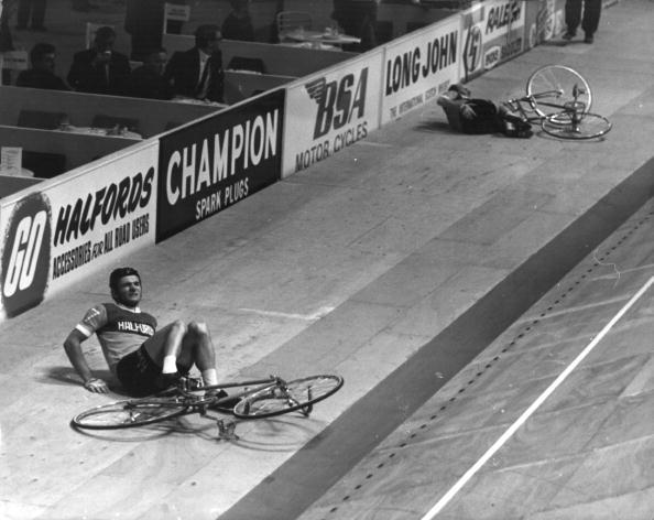 Sports Track「Cycle Crash」:写真・画像(14)[壁紙.com]