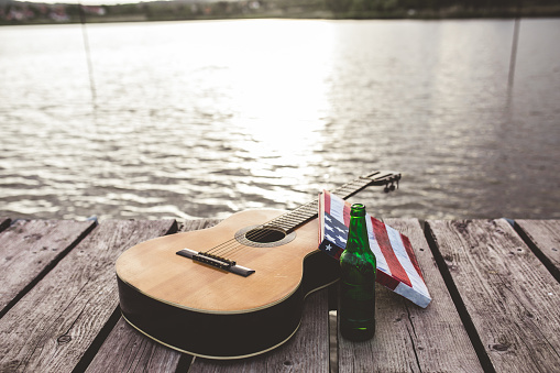 Party - Social Event「Guitar, book, beer, sitting by the lake」:スマホ壁紙(5)