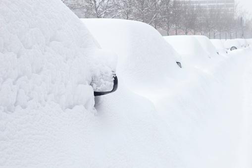 Snowdrift「Cars Buried Under the Snow」:スマホ壁紙(6)