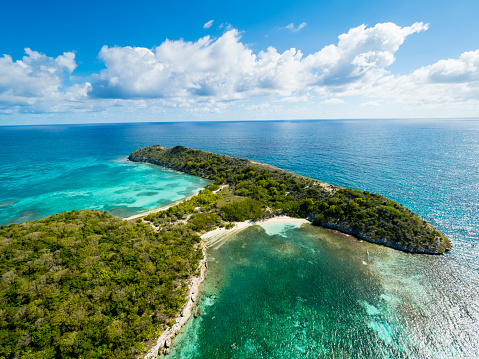 Miami Beach「West Indies, Antigua and Barbuda, Antigua, Great Bird Island, South and North Beach」:スマホ壁紙(14)
