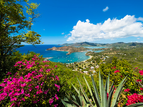 Bay of Water「West Indies, Antigua and Barbuda, Antigua, English Harbour and Windward Bay」:スマホ壁紙(1)