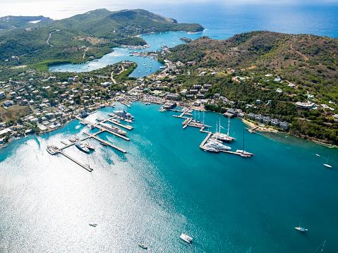 Antigua & Barbuda「West Indies, Antigua and Barbuda, Antigua, aerial view, English Harbour and Windward Bay」:スマホ壁紙(6)