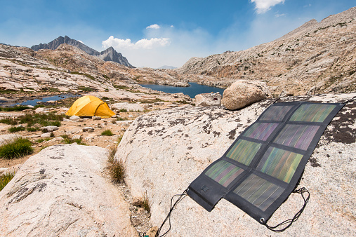 Solar System「Backcountry Solar system and tent beside Big Bear Lake looking out over Seven Gables Peak, High Sierra」:スマホ壁紙(15)