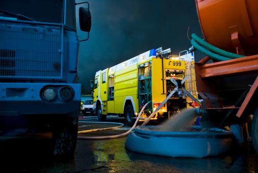 Inferno「Emergency vehicles in Dubai」:スマホ壁紙(15)