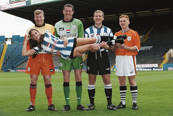 Soccer Uniform「Sheffield Wednesday Puma Kit Launch 1997」:写真・画像(1)[壁紙.com]