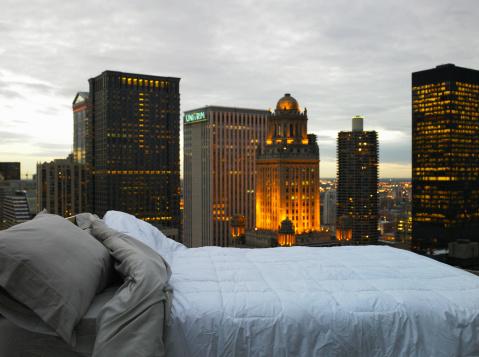 Duvet「Bed on rooftop of building」:スマホ壁紙(10)