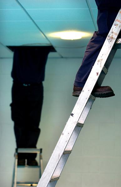 Ceiling「Caretaker checking the electrics」:写真・画像(9)[壁紙.com]