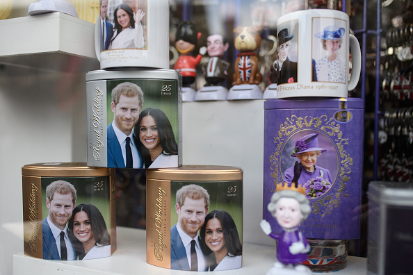 Souvenir「Preparations for Royal Wedding of Harry and Meghan」:写真・画像(4)[壁紙.com]