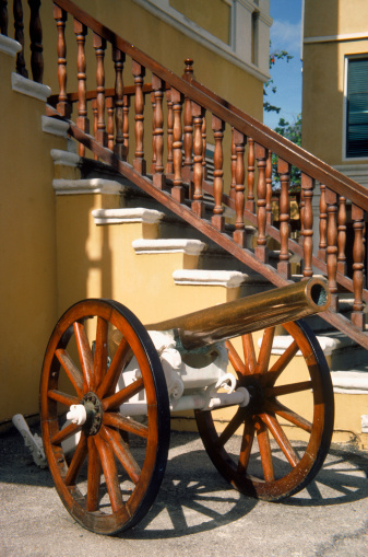 Battle「Cannon and staircase, Ft Amsterdam, Curacao」:スマホ壁紙(7)