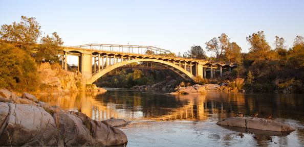 アメリカン川「フォルサムレインボーブリッジの夕日のパノラマ」:スマホ壁紙(0)