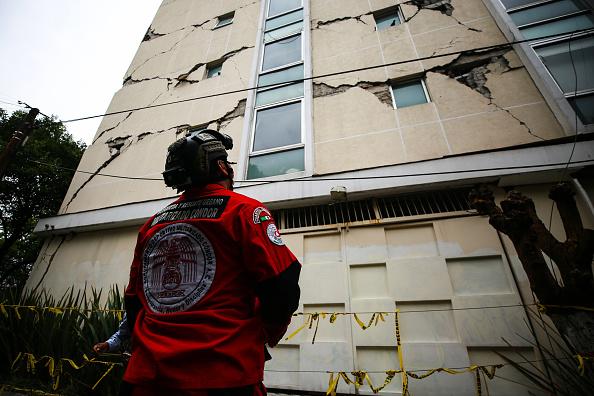 Mexico City「Magnitude 7.5 Earthquake Hits Mexico City」:写真・画像(15)[壁紙.com]