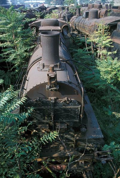 Rusty「Locomotive Graveyard」:写真・画像(17)[壁紙.com]