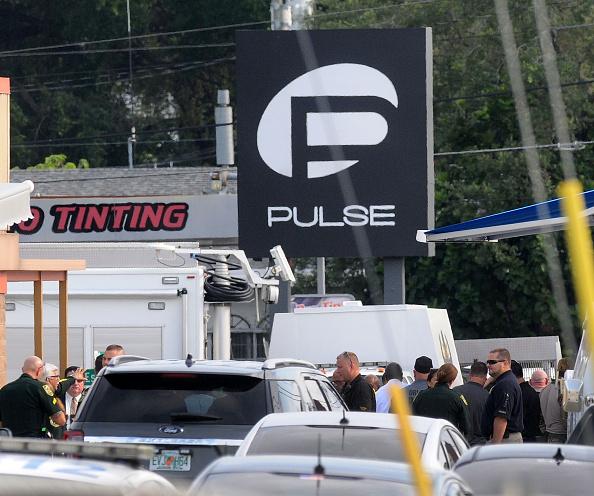 フロリダ州オーランド「At Least 20 Dead In Mass Shooting At Orlando Gay Nightclub」:写真・画像(14)[壁紙.com]