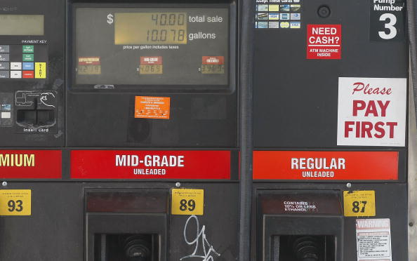 Hurricane Ike「Average Gas Prices Rise 17 Cents In Wake Of Hurricane Ike」:写真・画像(10)[壁紙.com]